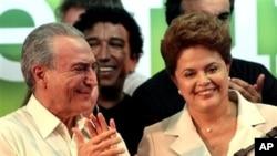Michel Temer (esq) e Dilma Rousseff (dir) enfrentam processo de cassação