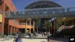 El Dolphin Mall de Miami, Florida, era el objetivo de Vicente Adolfo Solano, un hombre detenido por el FBI que planeaba colocar un explosivo en el área de comidas del centro comercial.