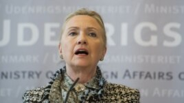 Clinton speaks about Syria while in Denmark