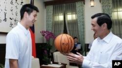 林书豪和台湾总统马英九会面