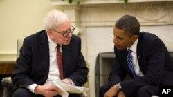 Prezident Barak Obama milyarder Uorren Buffettlə birlikdə