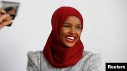 حلیمه آدن از دیگر دختران مسلمان میخواهد که راهش را ادامه دهند