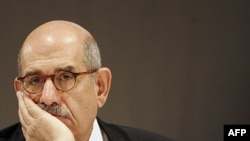 Ông Mohamed El-Baradei, người từng đoạt giải Nobel Hòa bình và giữ chức tổng giám đốc của Cơ quan Nguyên tử năng Quốc tế