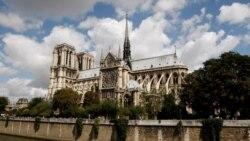 ပါရီၿမိဳ႕ေတာ္ ေရွးေဟာင္း Notre Dame ဘုရားေက်ာင္းမီးအပ်က္အစီးႀကီးမား