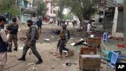 در حملۀ انتحاری روز شنبۀ شهر جلال آباد ۳۵ تن کشته و ۱۲۵ نفر دیگر مجروح شد.