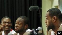 НБА: Ѕвездeното трио на Мајами хит ветува тимска игра