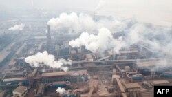 陝西省韓城一鋼鐵公司鳥瞰。(2018年2月17日)