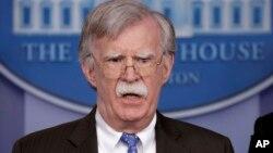 Cố vấn an ninh quốc gia Mỹ John Bolton tại họp báo ở Nhà Trắng, 28/1/2019