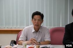 国立空中大学公共行政系主任李允杰教授