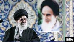 آیتالله علی خامنهای رهبر جمهوری اسلامی ایران