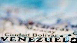 Venezuelanos Decidem Domingo se Querem Mais Socialismo