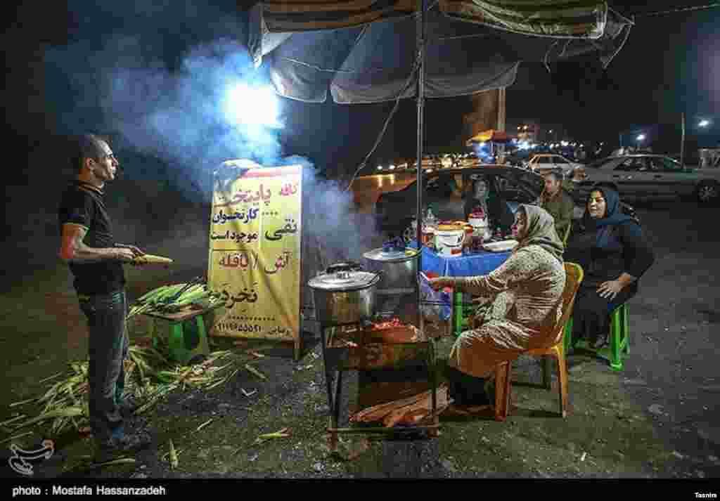 شبهای جاده زیارت در گرگان عکس: مصطفی حسن زاده