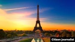 ຫລັກເມືອງ Eiffel Tower ສ້າງໃນປີ 1887