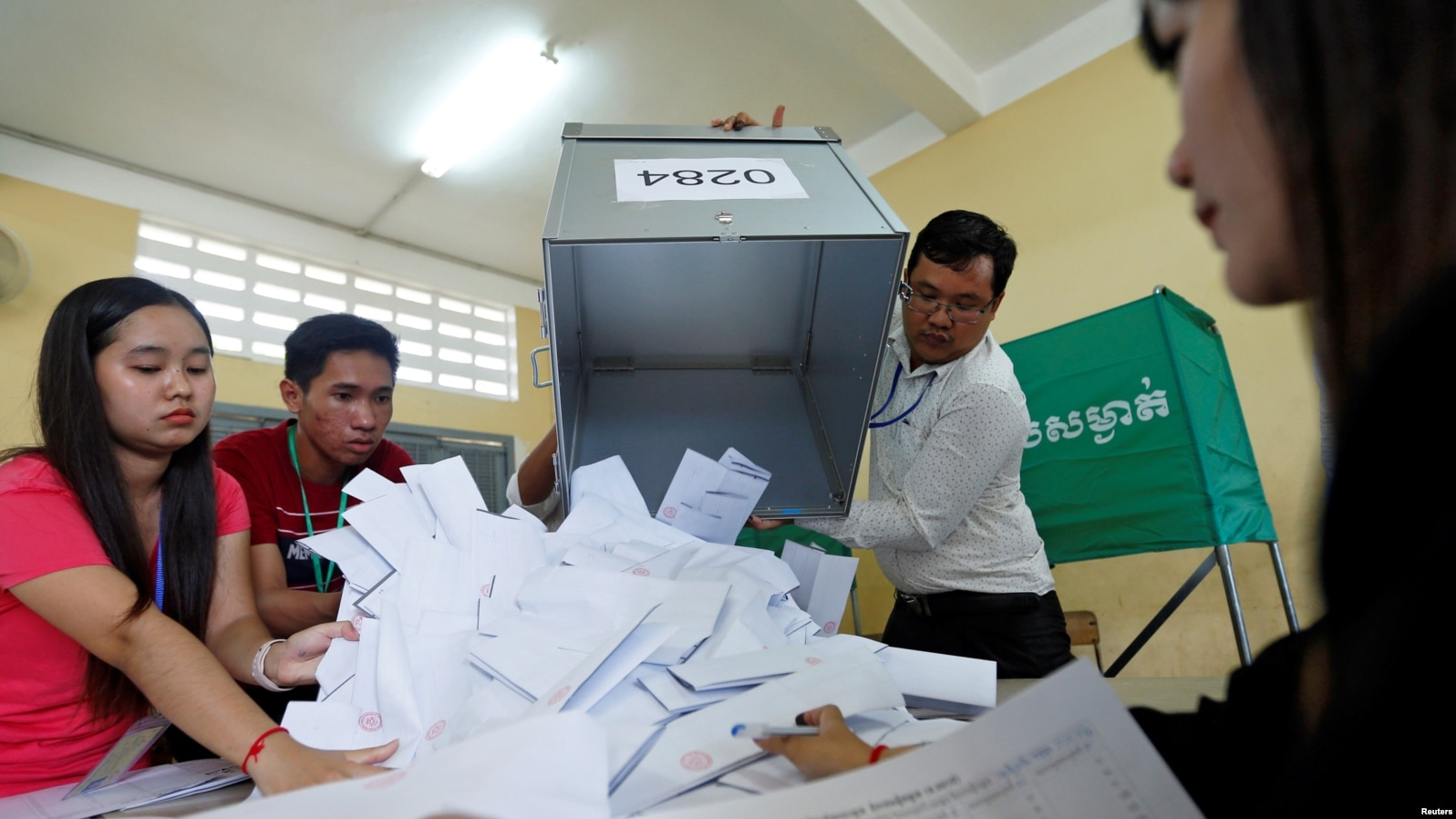 US Broadens Visa Bans Over 'Flawed' Cambodia Election