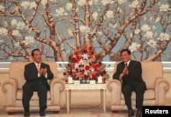 2005年5月10日,北京市长刘淇在北京会见台湾亲民党主席宋楚瑜
