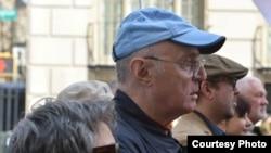 Павел Литвинов на демонстрации в поддержку Надежды Савченко в Нью-Йорке