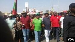 Líderes da Unita na manifestação