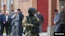 Ðây là vụ mới nhất trong một loạt những vụ tấn công nhắm vào các giáo sĩ Hồi giáo trong vùng Caucase có nhiều biến động của nước Nga