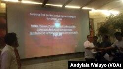 Penggalangan dukungan melalui petisi dalam jaringan di situs web change.org 'Dukungan Terhadap Larangan dan Pembubaran Ormas dan Ajaran Anti Pancasila' (foto: VOA/Andylala Waluyo)