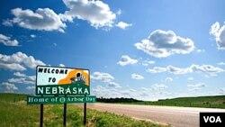 En Fermont, Nebraska se mantiene prohibición de alquilar vivienda a indocumentados.