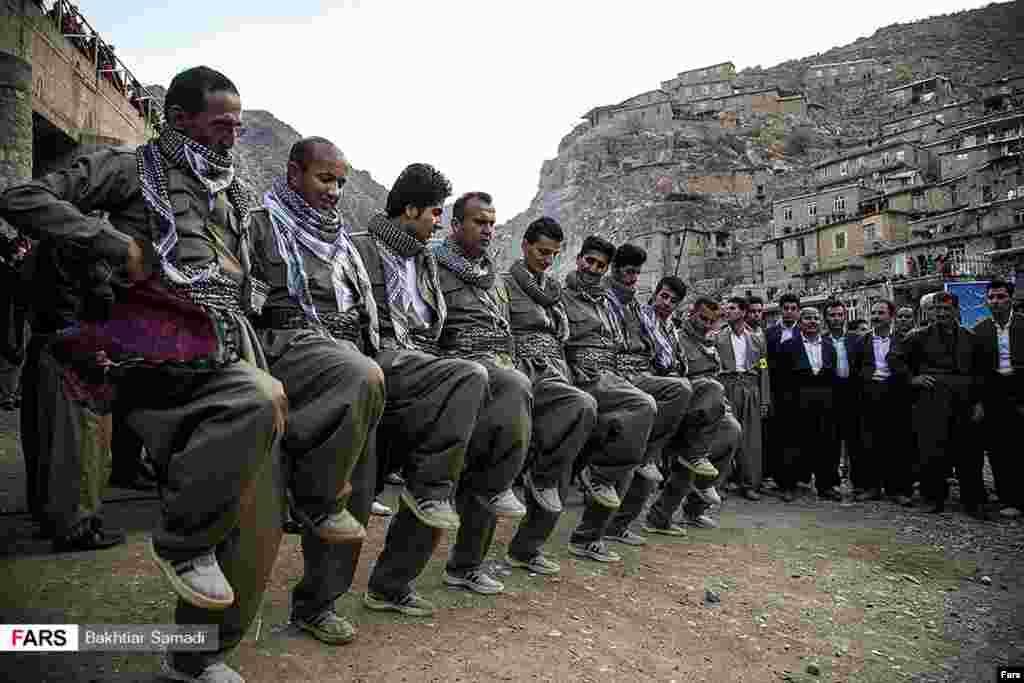 جشن نوروزی روستای پالنگان از توابع شهرستان کامیاران در استان کرستان ایران.