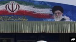 ایران پر پابندیاں مسئلے کا حل نہیں: چین
