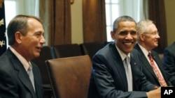 奥巴马总统7月13日在白宫与国会领袖讨论削减赤字问题