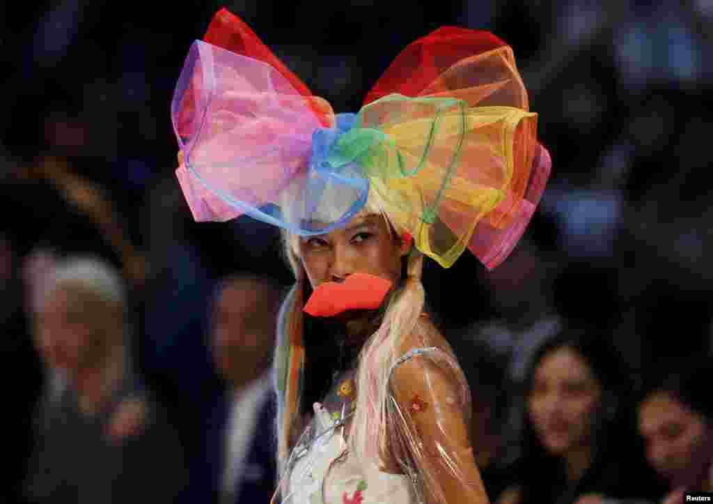 A model wears a creation of Kittie Yiyi during the Kuala Lumpur Fashion Week in Kuala Lumpur, Malaysia.