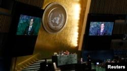 문재인 한국 대통령이 21일 미국 뉴욕 유엔본부에서 열린 72차 유엔총회에서 기조연설을 하고 있다.