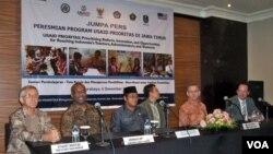 USAID meluncurkan program peningkatan akses pendidikan berkualitas di Surabaya, Jawa Timur (VOA/Petrus Riski)