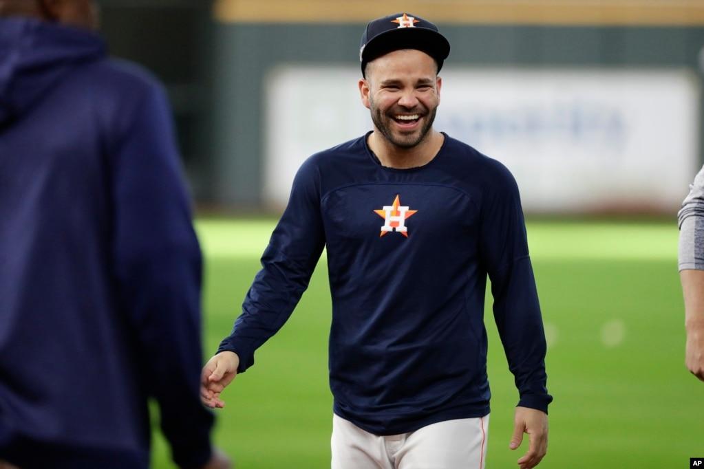 José Altuve, segunda base, venezolano originario de Maracay,fue elegido el Jugador Más Valioso en la coronación de Astros en la Liga Americana.