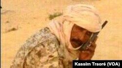 Une photographie du colonel Abass, à Bamako, au Mali. (VOA/Kassim Traoré)