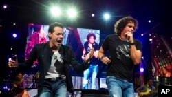 Marc Anthony y Carlos Vives comparten escenario durante una gira por diversas ciudades de EE.UU.