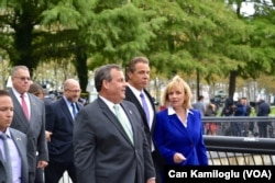 New York ve New Jersey valileri Andrew Cuomo ve Chris Christie