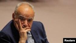 غسان سلامه فرستاده سازمان ملل متحد به لیبی - آرشیو