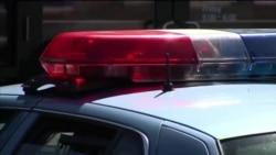 Mỹ: Bị bắt vì ném phi tiêu Batman vào cảnh sát