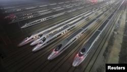 中國武漢的高速列車維修基地 (資料圖片)