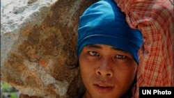 UNOPS report on Working conditions and force labour in Myanmar labour market