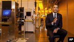 奧巴馬承諾增加投資教育資源。