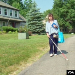 Martha Clements: Slijepa frizerka