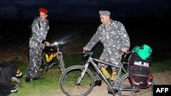 Livanda girov götürülüən 7 eston turisti göstərən video yayılıb