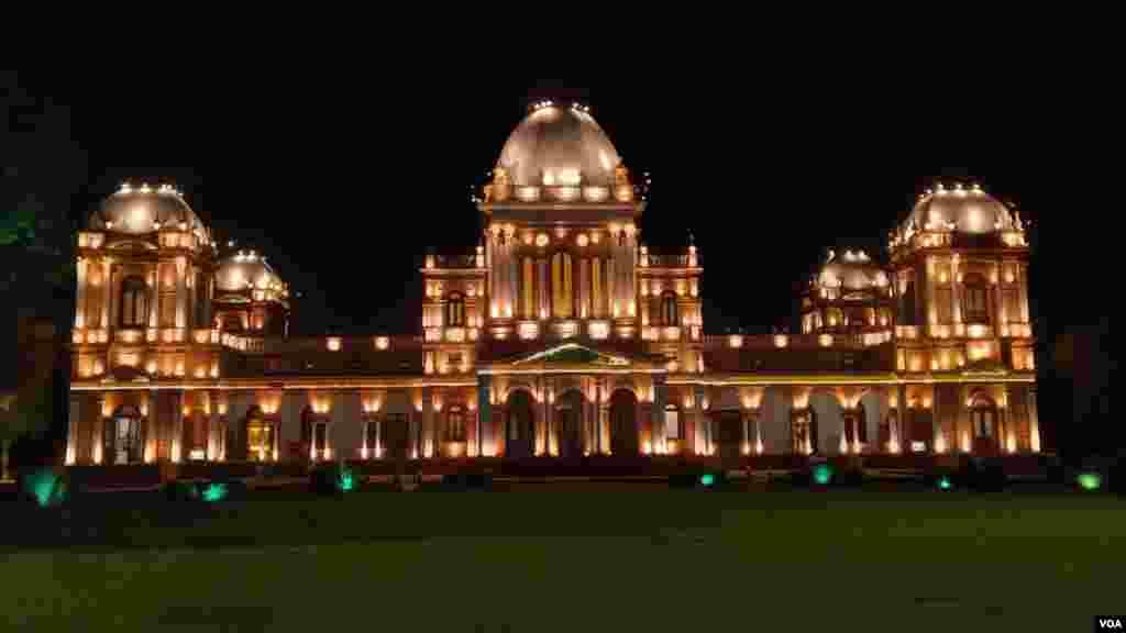 سن 1878 میں تعمیر ہونے والا نور محل اب فوج کے زیر انتظام ہے اور ایک تاریخی عجائب گھر کا درجہ رکھتا ہے۔