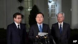 VOA Asia - Trump will meet Kim Jong Un by May