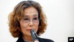 Junko Ishido, madre del rehén Kenji Goto habla durante una conferencia de prensa en Tokio.