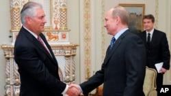 Reks Tilerson sa ruskim predsednikom Vladimirom Putinom
