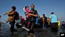 پناهجویان در تلاش رسیدن به کشور های اروپایی