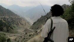 Mîlîtanekî Talîbana Pakistanî li Wezîristana Bakur