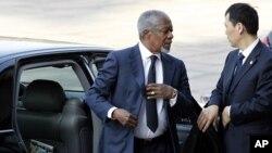 Ðặc sứ Kofi Annan đến Sảnh đường Nhân dân ở Bắc Kinh, ngày 27/3/2012