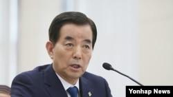 한민구 한국 국방장관 후보자가 29일 열린 국회 국방위 인사청문회에서 답변하고 있다.