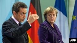 Merkel Fransız Seçimlerinde Neden Sarkozy'i Destekliyor?